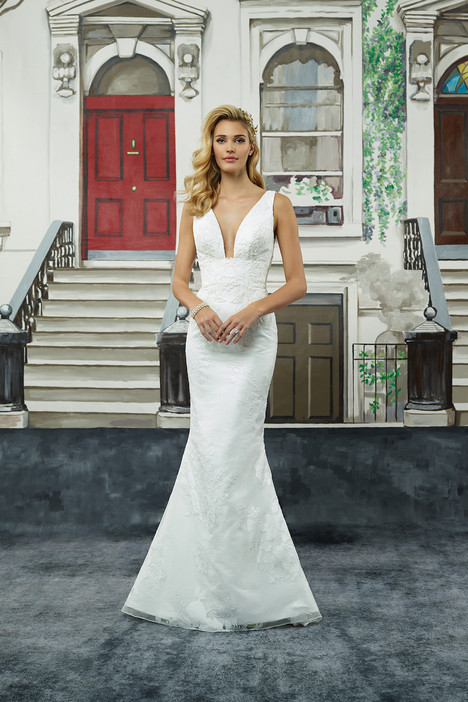 gown from the 2018 Justin Alexander collection, as seen on Bride.Canada