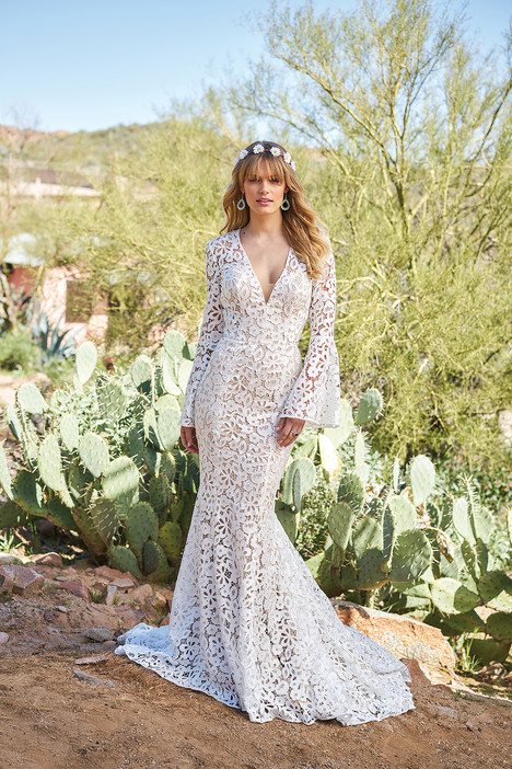 6509 (2) gown from the 2018 Lillian West collection, as seen on Bride.Canada