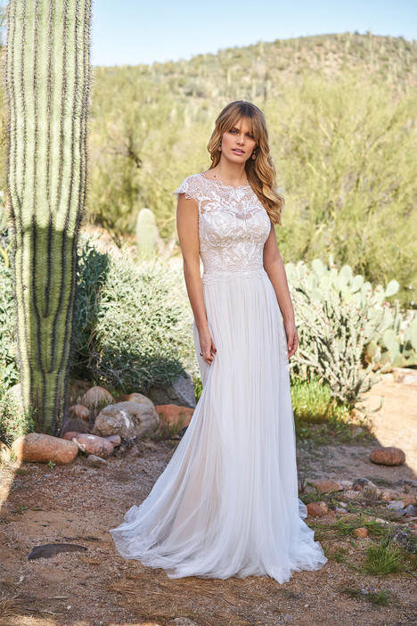 6514 gown from the 2018 Lillian West collection, as seen on Bride.Canada