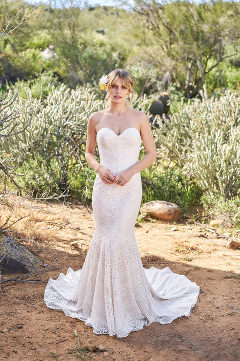 6516 gown from the 2018 Lillian West collection, as seen on Bride.Canada