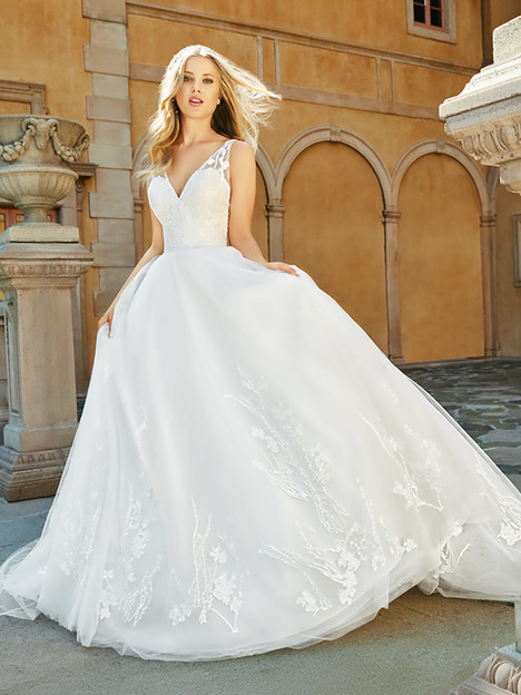 J6548 gown from the 2018 Moonlight : Collection collection, as seen on Bride.Canada