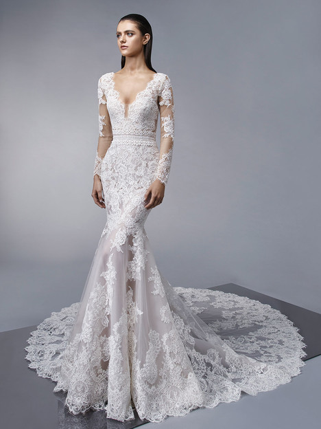 Mary gown from the 2018 Enzoani collection, as seen on Bride.Canada