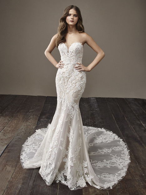 Bobbi gown from the 2018 Badgley Mischka Bride collection, as seen on Bride.Canada
