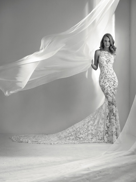 Rubi gown from the 2018 Pronovias Atelier collection, as seen on Bride.Canada