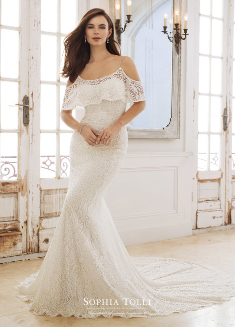 Rhea (Y11875) gown from the 2018 Sophia Tolli collection, as seen on Bride.Canada