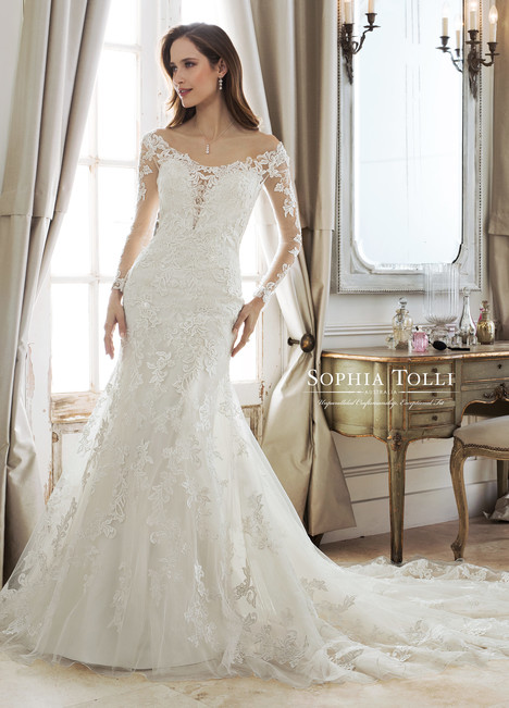 Mara (Y11876) gown from the 2018 Sophia Tolli collection, as seen on Bride.Canada