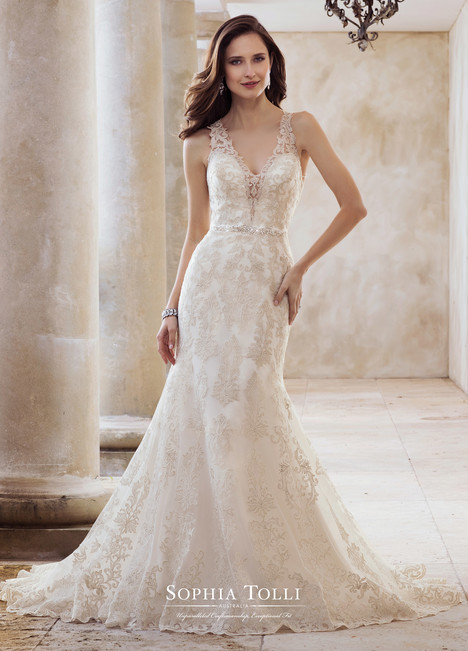Olympia (Y11883)(2) gown from the 2018 Sophia Tolli collection, as seen on Bride.Canada