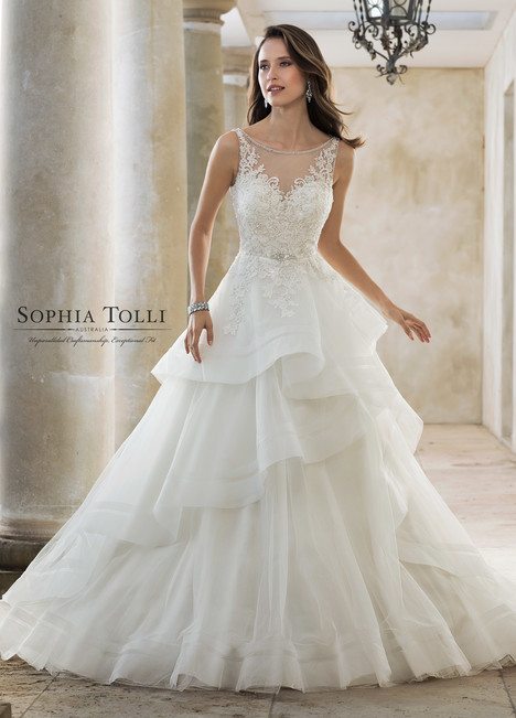 Helia (Y11888) gown from the 2018 Sophia Tolli collection, as seen on Bride.Canada