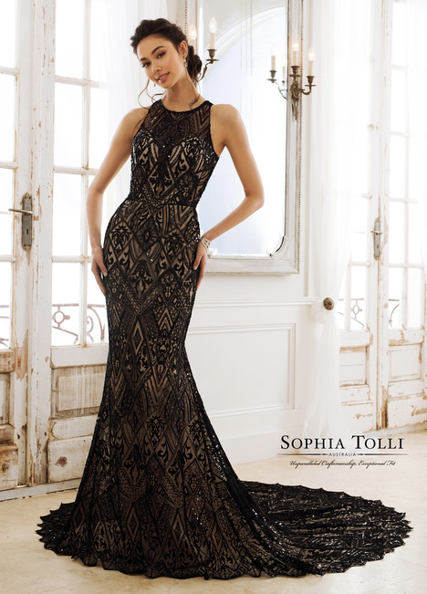 Raven (Y11895B) gown from the 2018 Sophia Tolli collection, as seen on Bride.Canada