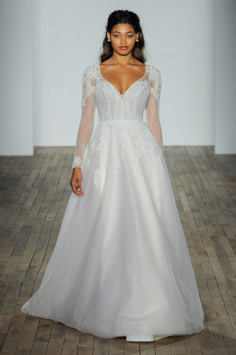 Mara gown from the 2018 Hayley Paige collection, as seen on Bride.Canada