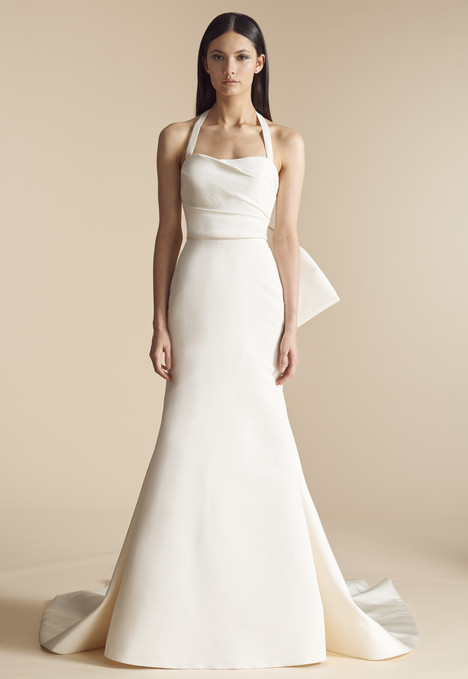 Kingsland (4803) gown from the 2018 Allison Webb collection, as seen on Bride.Canada