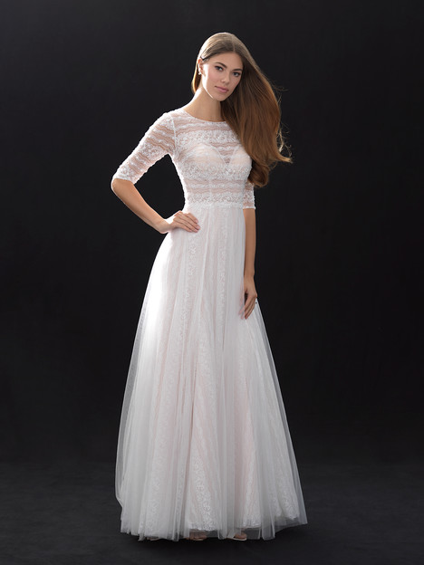 MJ400 gown from the 2018 Madison James collection, as seen on Bride.Canada