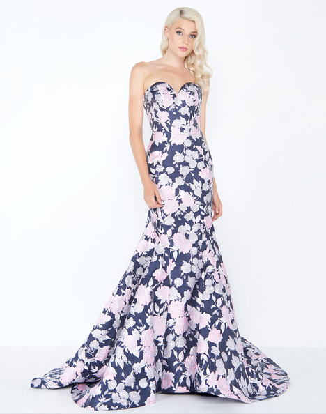 66442M (Midnight Floral) gown from the 2018 Mac Duggal Prom collection, as seen on Bride.Canada