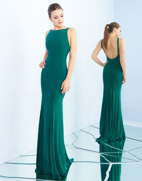 25220i (Emerald) gown from the 2018 Ieena Duggal collection, as seen on Bride.Canada