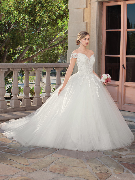 2312 gown from the 2018 Casablanca Bridal collection, as seen on Bride.Canada