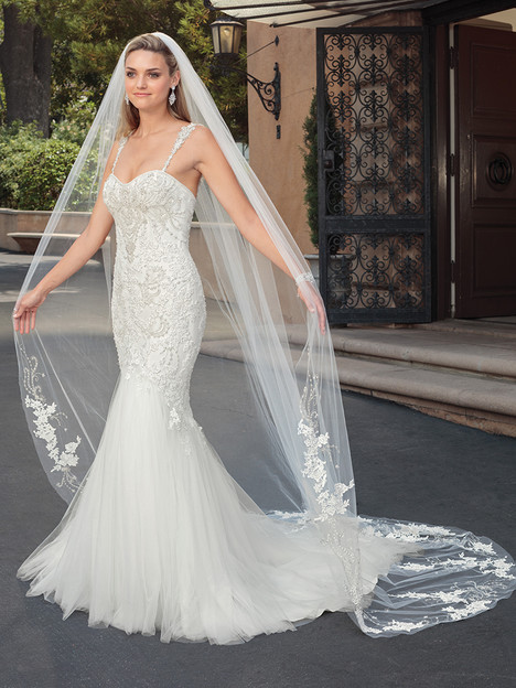 2320 gown from the 2018 Casablanca Bridal collection, as seen on Bride.Canada