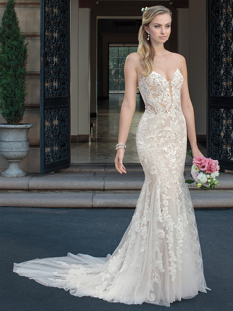 2325 gown from the 2018 Casablanca Bridal collection, as seen on Bride.Canada