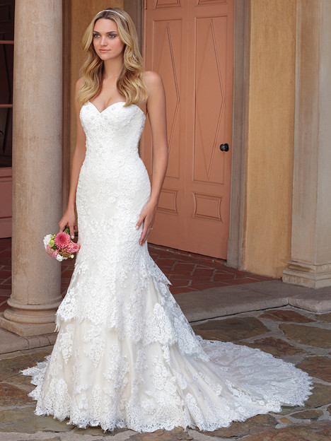 2327 gown from the 2018 Casablanca Bridal collection, as seen on Bride.Canada