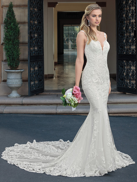 2328 gown from the 2018 Casablanca Bridal collection, as seen on Bride.Canada