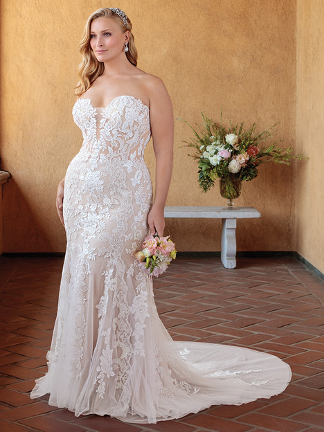 2325 (Classic Fit) gown from the 2018 Casablanca Bridal collection, as seen on Bride.Canada