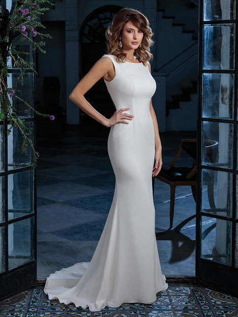 C131 gown from the 2018 Amare collection, as seen on Bride.Canada