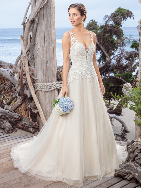 BL250 gown from the 2018 Beloved By Casablanca collection, as seen on Bride.Canada