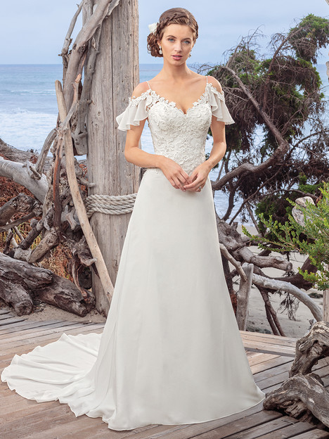 BL254 gown from the 2018 Beloved By Casablanca collection, as seen on Bride.Canada