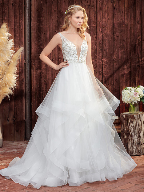 BL263 gown from the 2018 Beloved By Casablanca collection, as seen on Bride.Canada