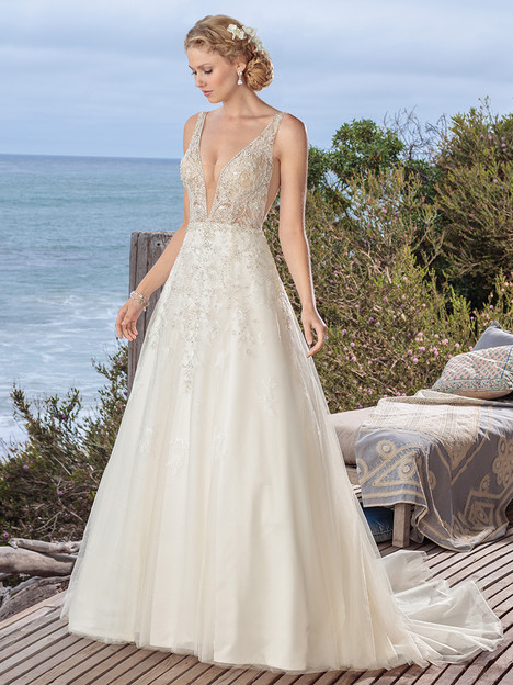BL264 gown from the 2018 Beloved By Casablanca collection, as seen on Bride.Canada