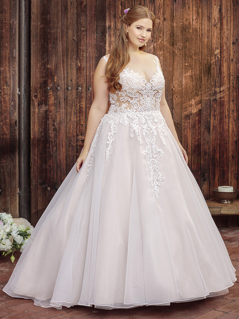 BL249 (Classic Fit) gown from the 2018 Beloved By Casablanca collection, as seen on Bride.Canada