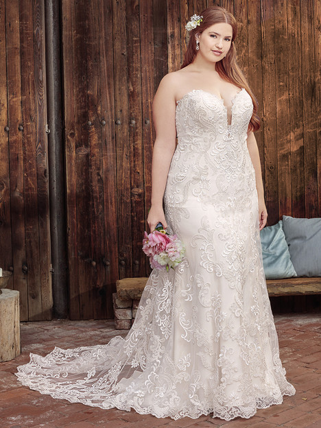 BL261 (Classic Fit) gown from the 2018 Beloved By Casablanca collection, as seen on Bride.Canada