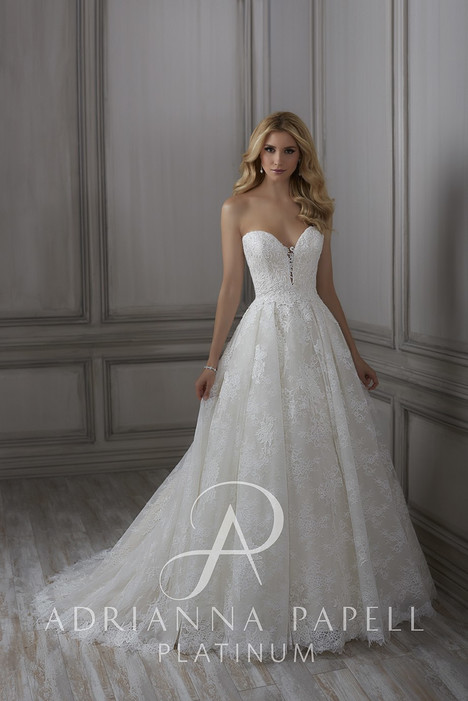 31080 gown from the 2018 Adrianna Papell collection, as seen on Bride.Canada