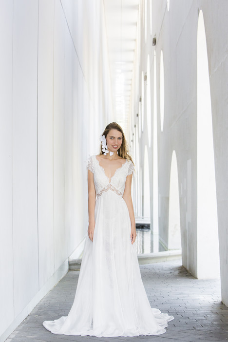 Sara gown from the 2018 Persy Bridal collection, as seen on Bride.Canada