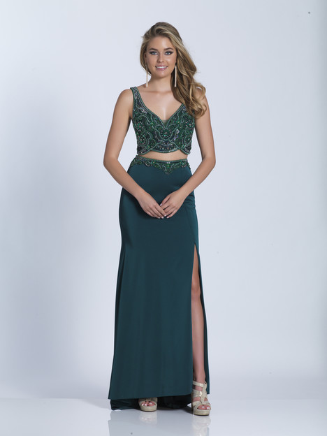 3158 gown from the 2018 Dave & Johnny Special Occasions collection, as seen on Bride.Canada