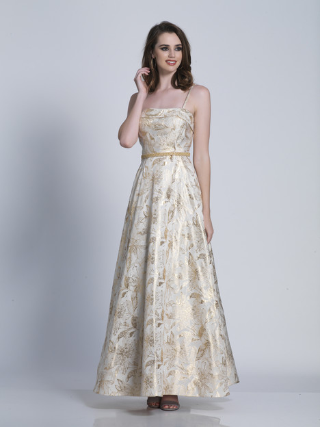 3372 gown from the 2018 Dave & Johnny Special Occasions collection, as seen on Bride.Canada