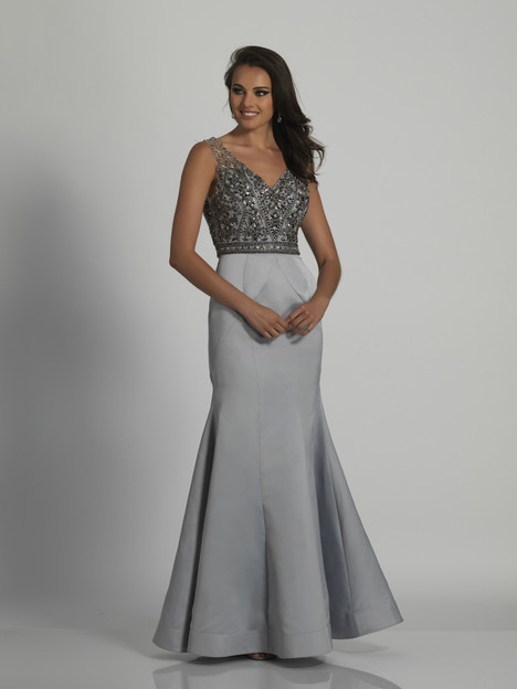 6418 gown from the 2018 Dave & Johnny Special Occasions collection, as seen on Bride.Canada