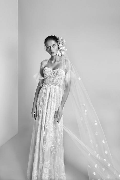 Layla gown from the 2018 Alon Livne : White collection, as seen on Bride.Canada
