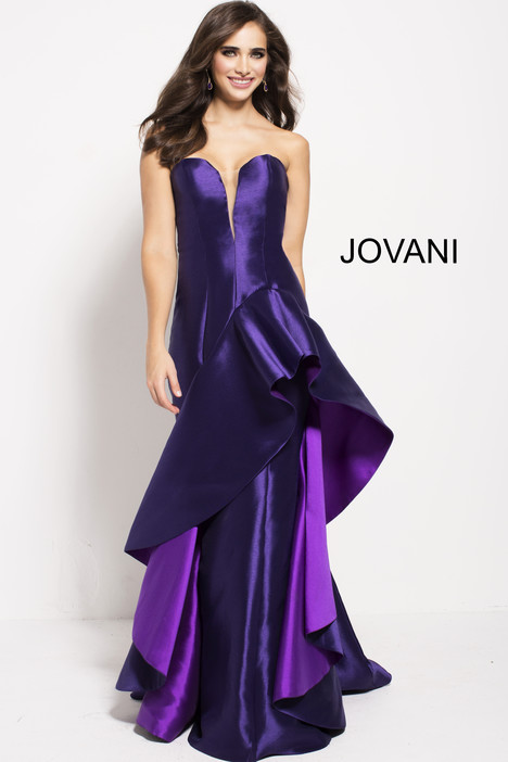 41211 gown from the 2018 Jovani collection, as seen on Bride.Canada