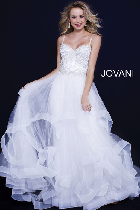 50116 gown from the 2018 Jovani collection, as seen on Bride.Canada