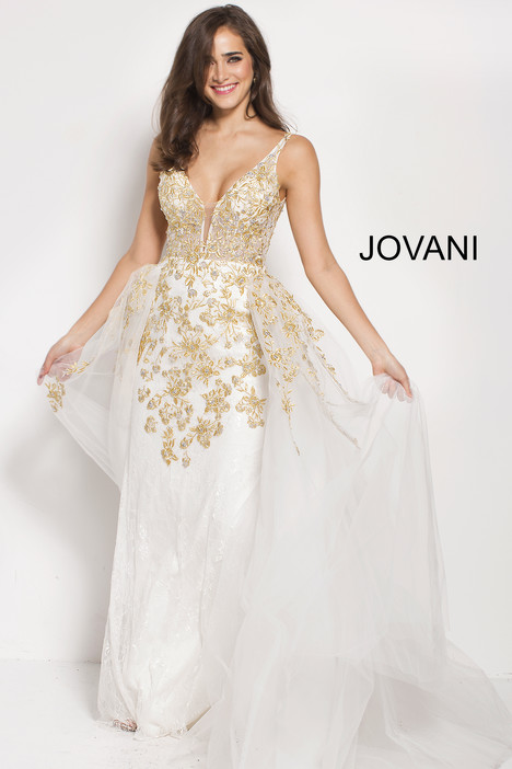 58631 gown from the 2018 Jovani collection, as seen on Bride.Canada