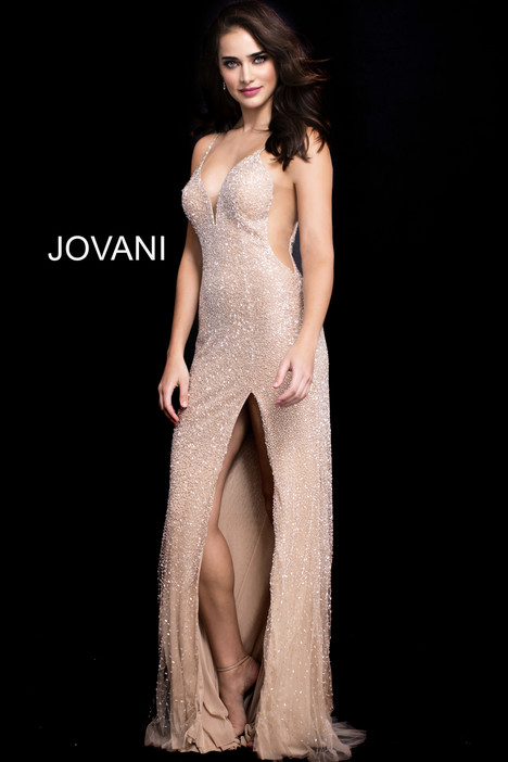 60113 gown from the 2018 Jovani collection, as seen on Bride.Canada