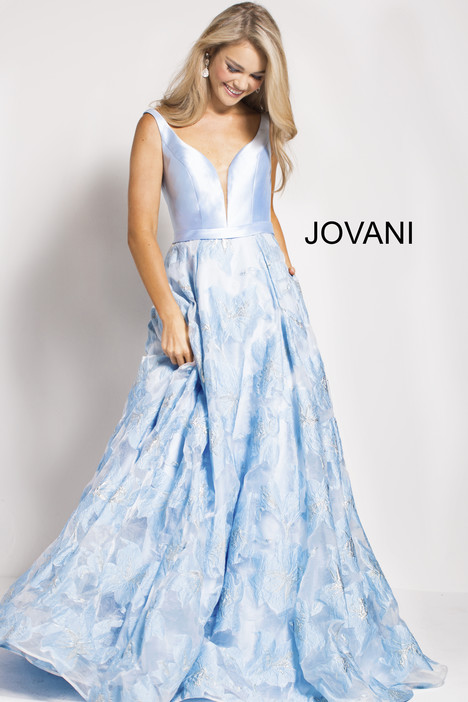 60841 gown from the 2018 Jovani collection, as seen on Bride.Canada