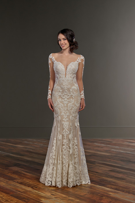 gown from the 2018 Martina Liana collection, as seen on Bride.Canada