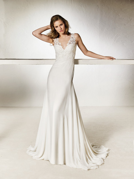 Chalice gown from the 2018 Pronovias One collection, as seen on Bride.Canada