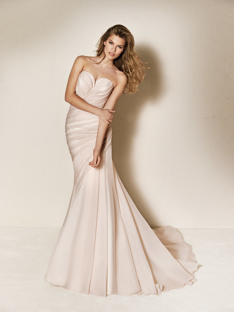 Charel gown from the 2018 Pronovias One collection, as seen on Bride.Canada