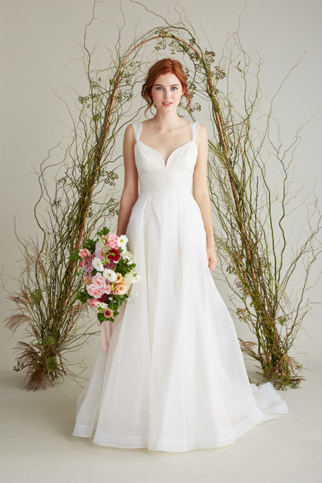 Colette gown from the 2018 Lea-Ann Belter collection, as seen on Bride.Canada