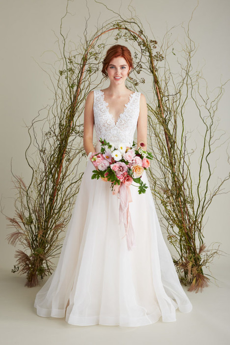 Maxine gown from the 2018 Lea-Ann Belter collection, as seen on Bride.Canada