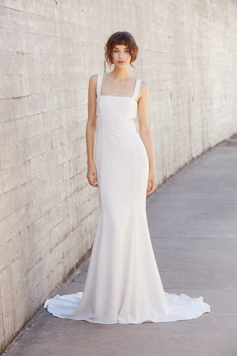 Bradley gown from the 2018 Amsale Nouvelle collection, as seen on Bride.Canada