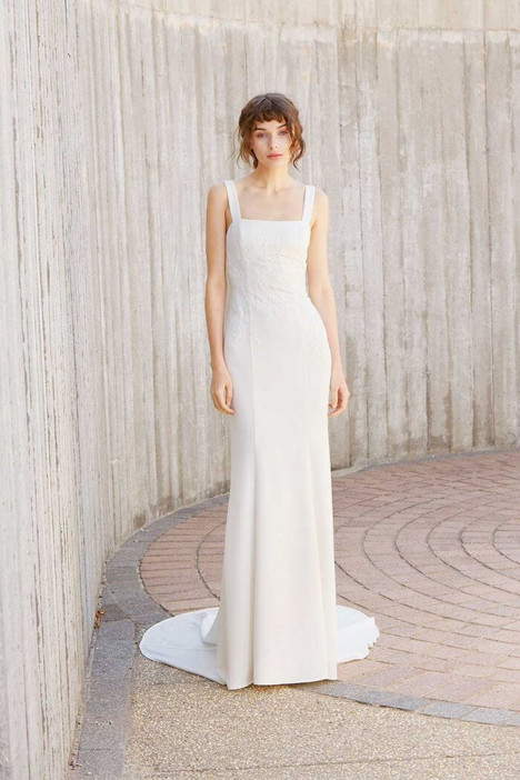 Crosby gown from the 2018 Amsale Nouvelle collection, as seen on Bride.Canada