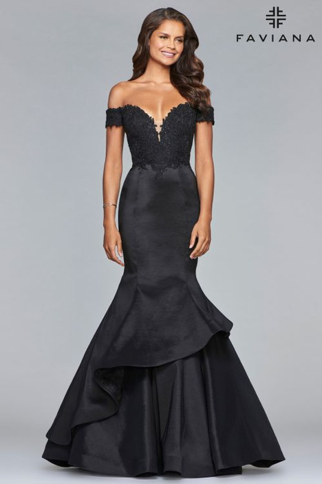 10103 gown from the 2018 Faviana Prom collection, as seen on Bride.Canada